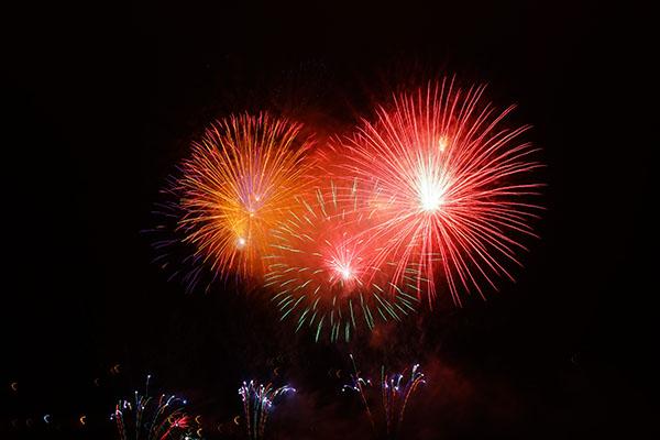 Fireworks by Hans Braxmeie